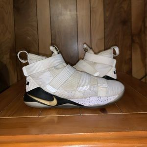 """Nike Lebron 11 Soldier """"Court General"""""""